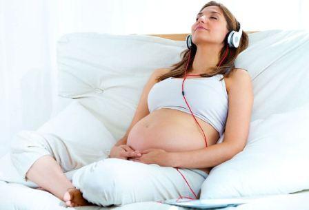 Общение с малышом во время беременности